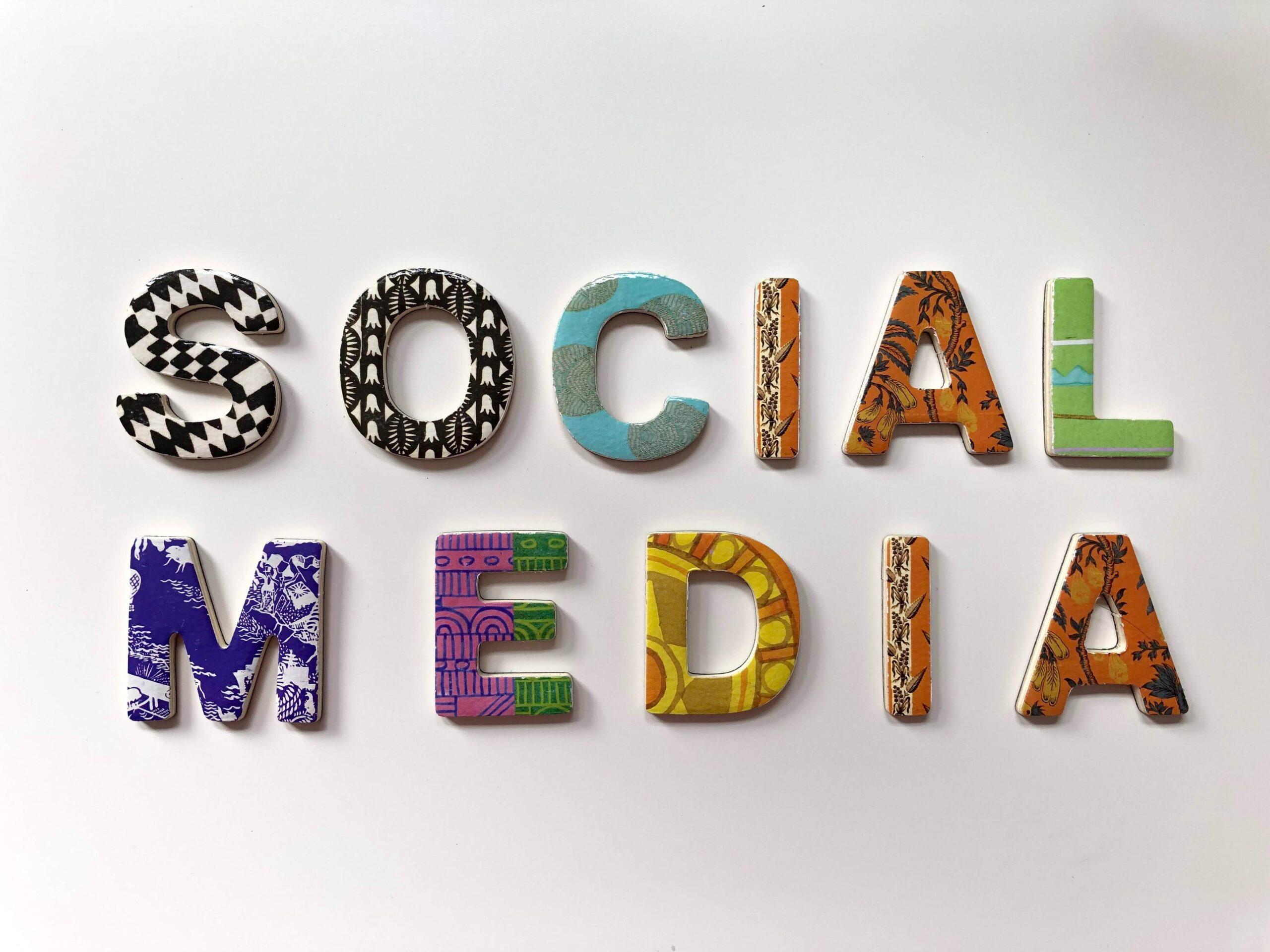 Social Media in Colorful Alphabets